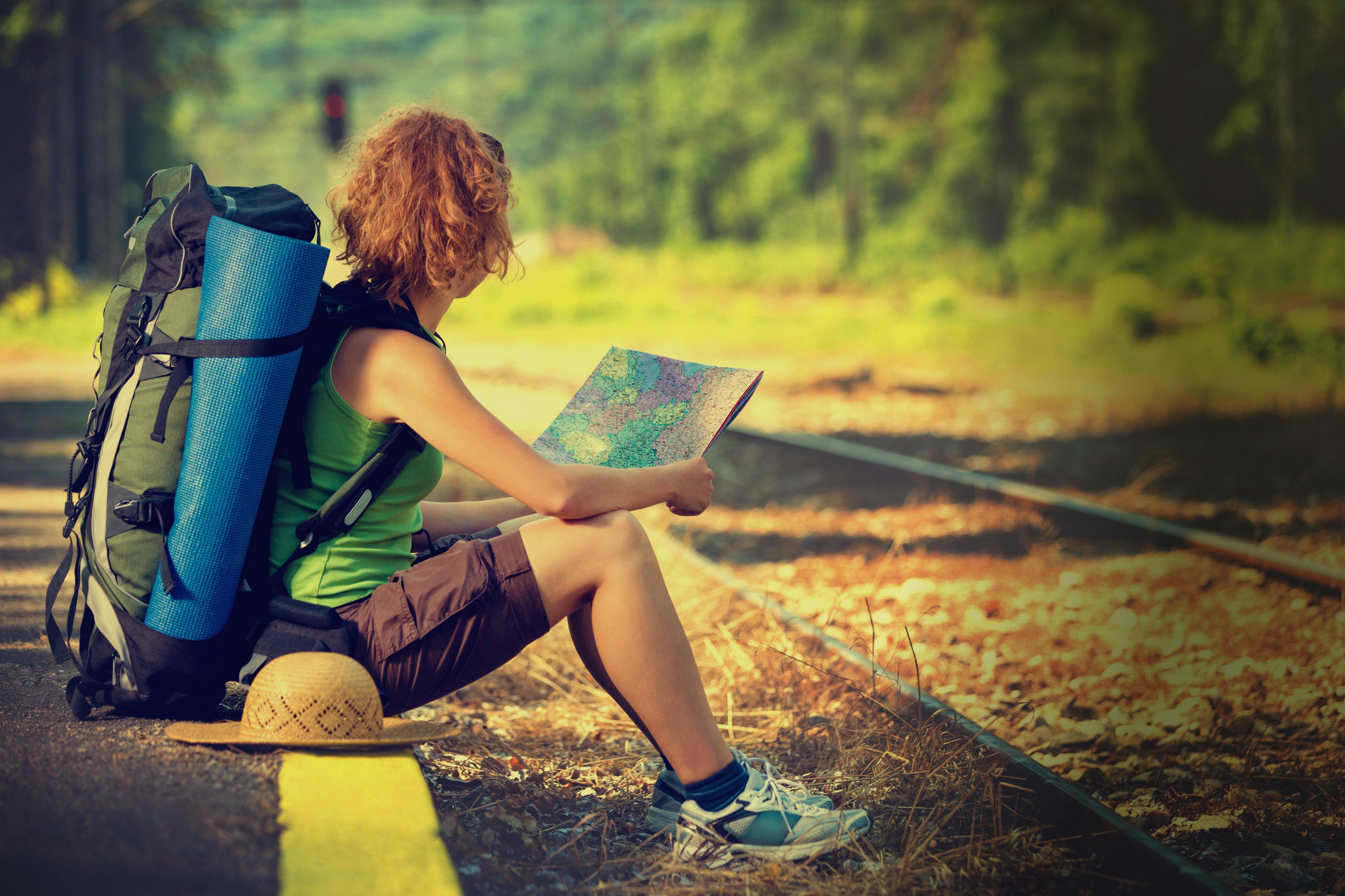 girl travel wallpaper