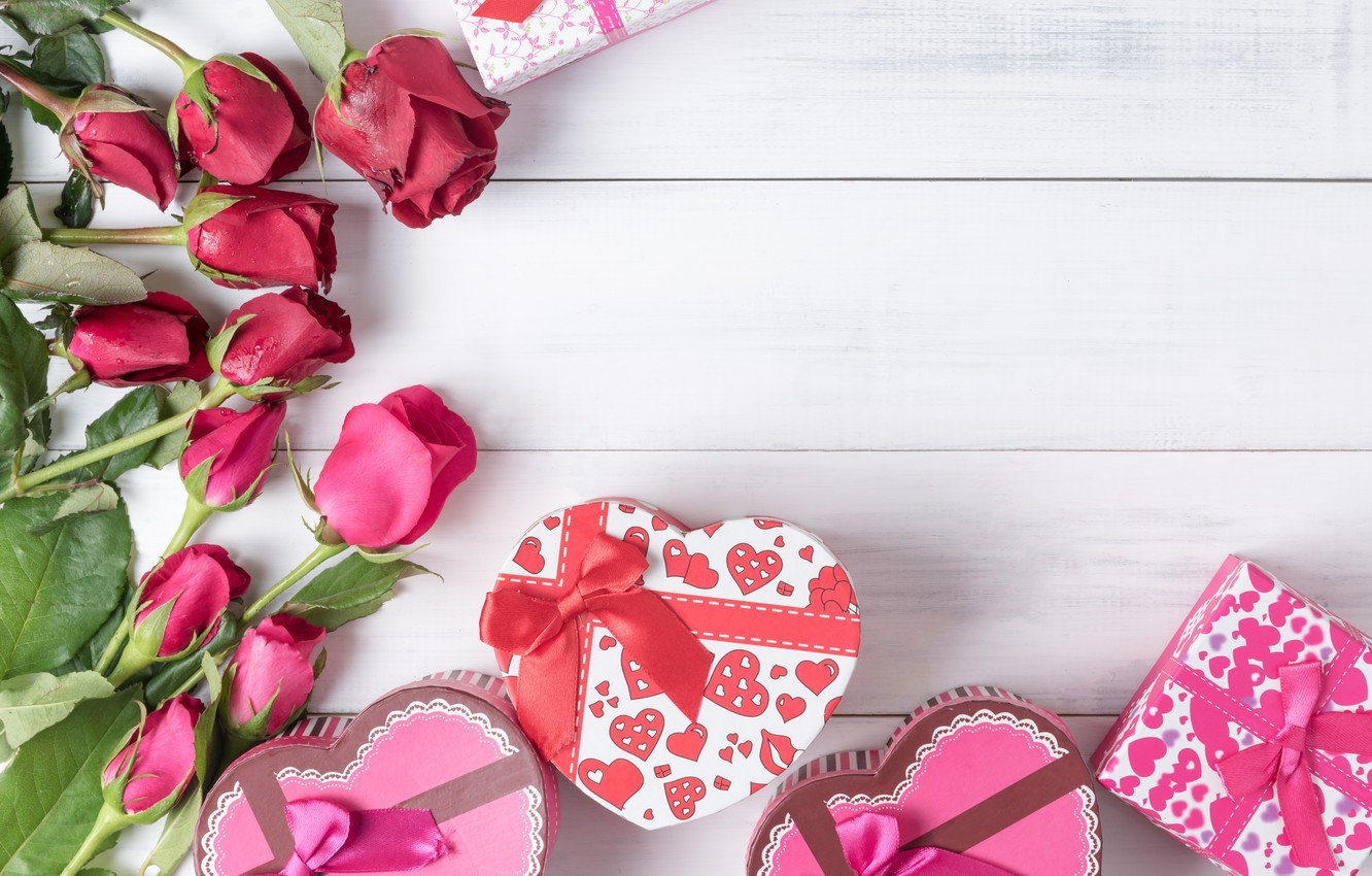 heart-roses-gifts-valentines